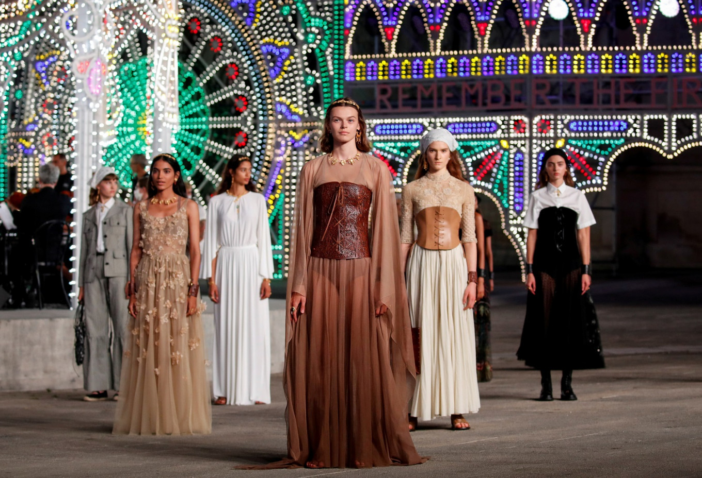 Dior showcases Italian folklore in catwalk show at dusk