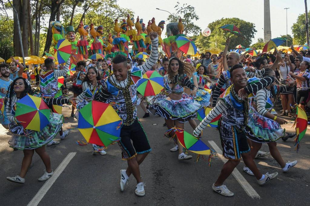 Sao Paulo postpones carnival over coronavirus