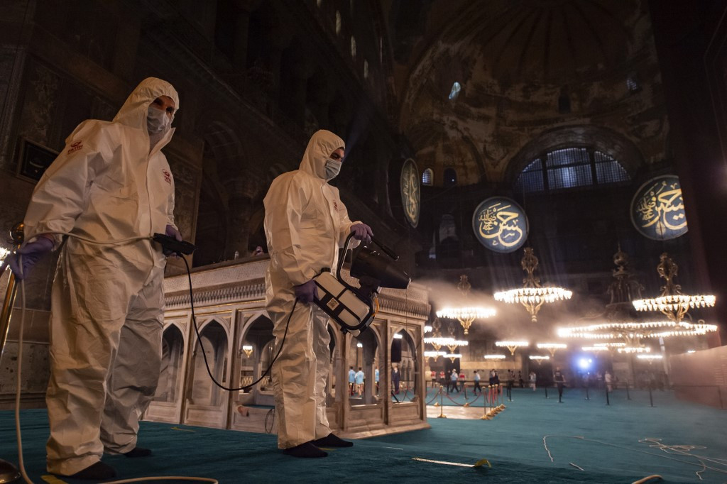 Turkey at second peak of coronavirus outbreak, health minister says