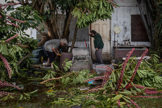 Hanna pummels Texas coast with strong winds, heavy rain
