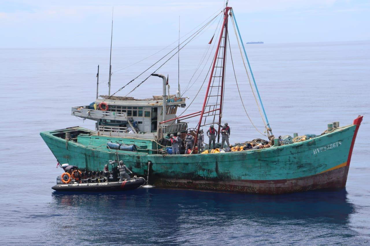 Indonesia says detains Vietnam boat with two tons of fish