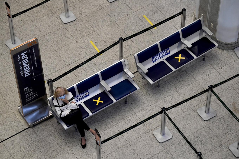 Brazil reopens international flights to tourists even as coronavirus deaths spike