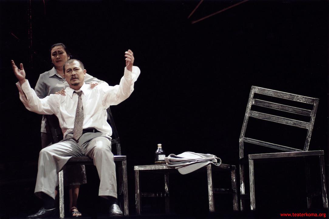 Teater Koma's 'Tanda Cinta': An exploration of love, life