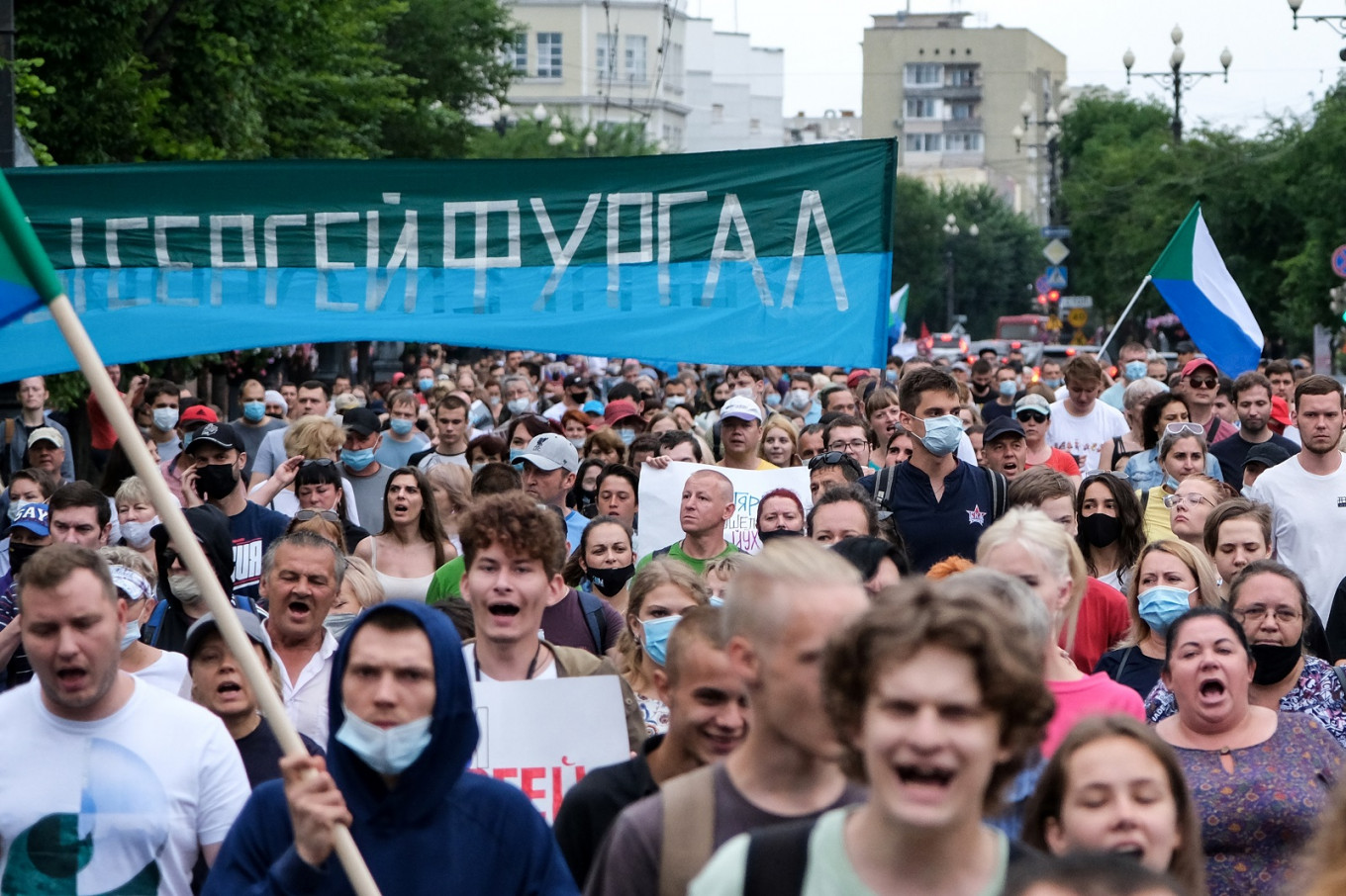 Thousands protest against Kremlin in Russian far east for fourth weekend