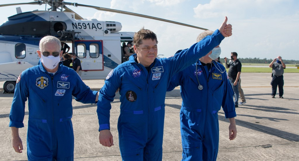 SpaceX brings NASA astronauts home safe in milestone mission