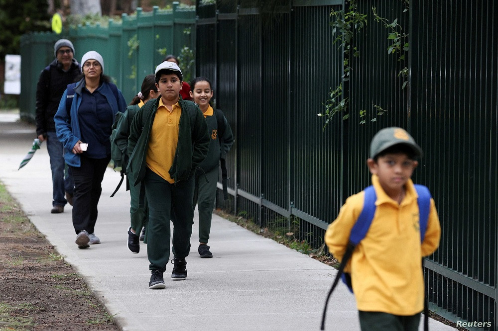 Students heading back to school on September 10