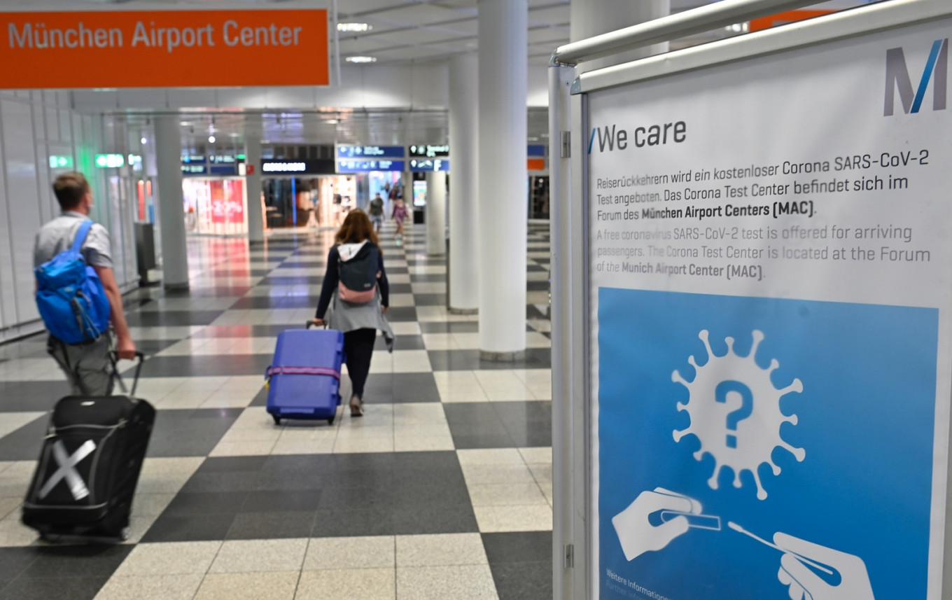 EU agrees common rules for coronavirus travel restrictions