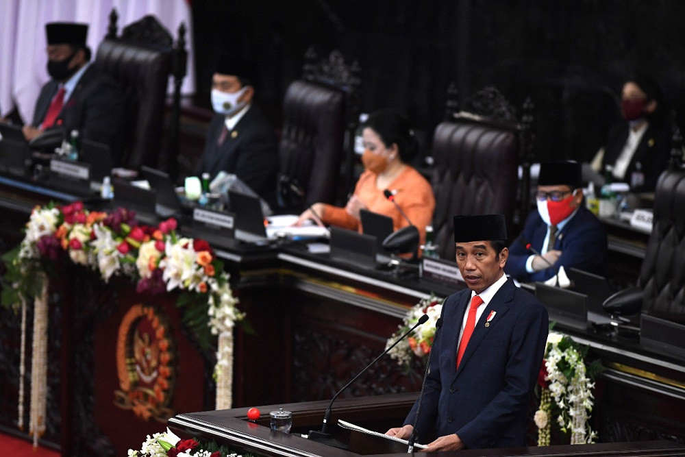 Jokowi dismisses criticism of omnibus jobs law as hoax news