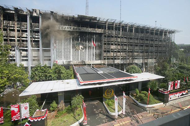 AGO continues work despite blaze