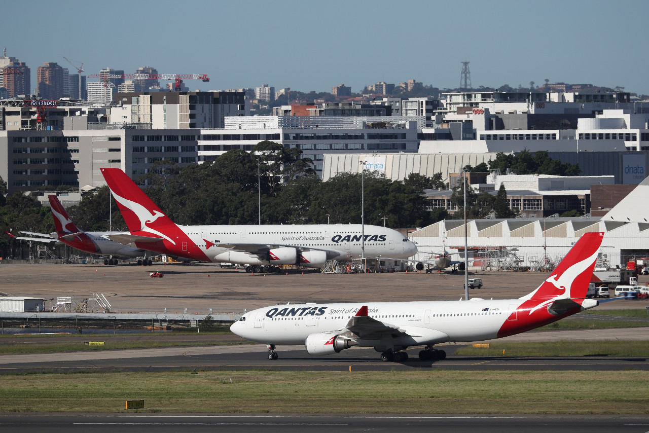 Qantas to require COVID-19 vaccination for international travelers