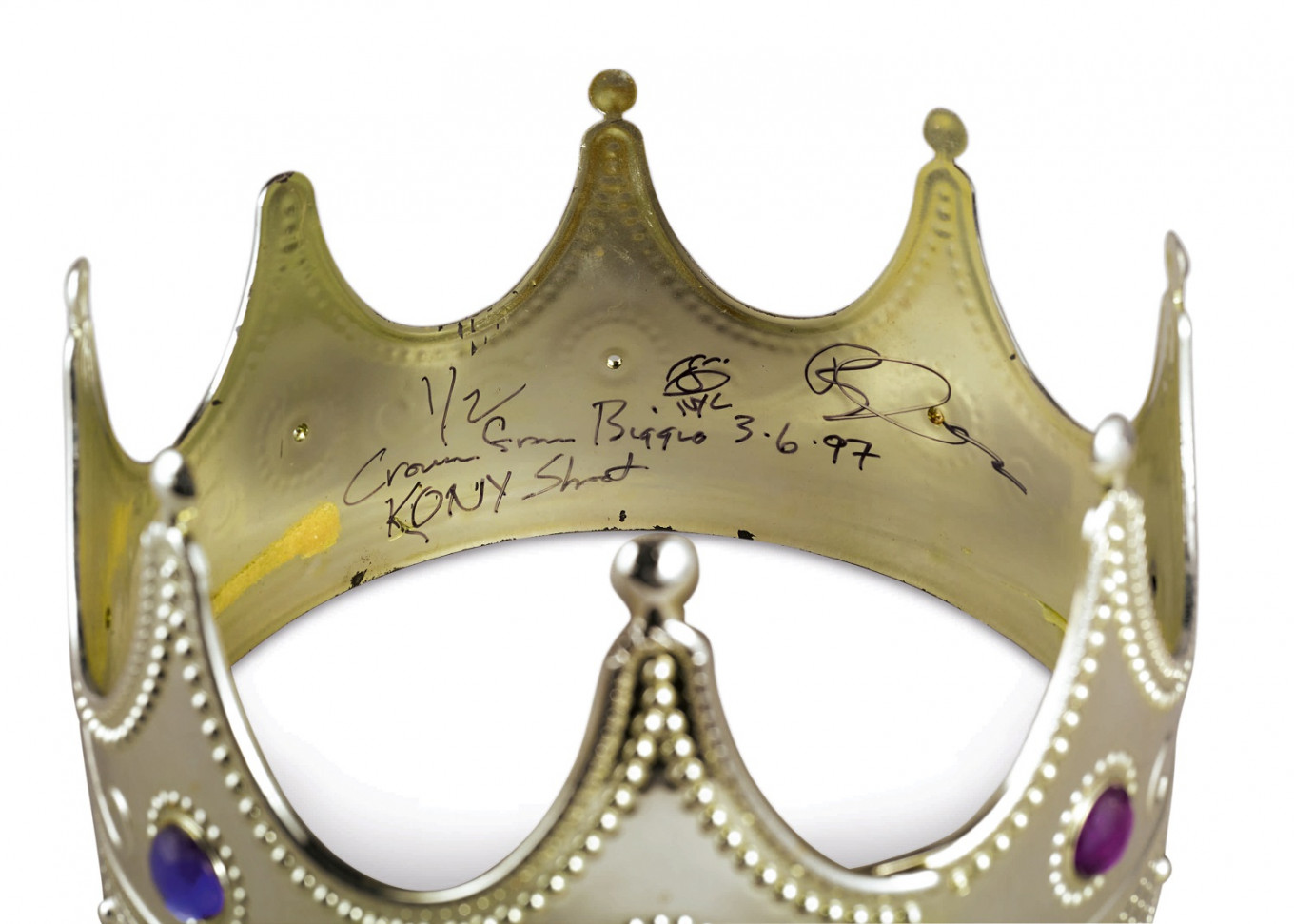 Notorious B.I.G crown fetches $600,000 at Sotheby's first hip-hop auction