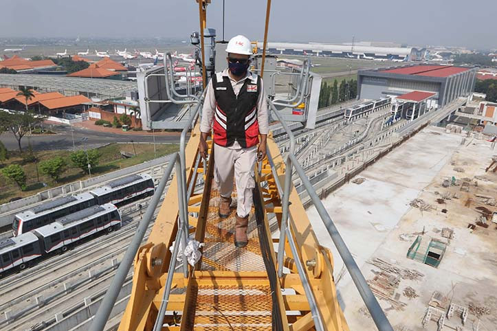 Indonesia plans $2b sukuk issue to fund infrastructure projects