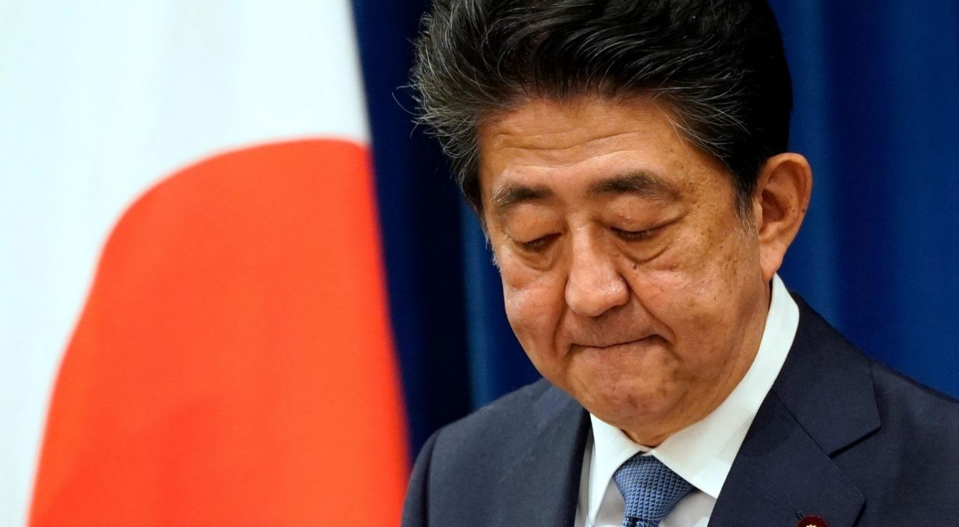 Japanese Prime Minister Abe announces he will resign over health problems