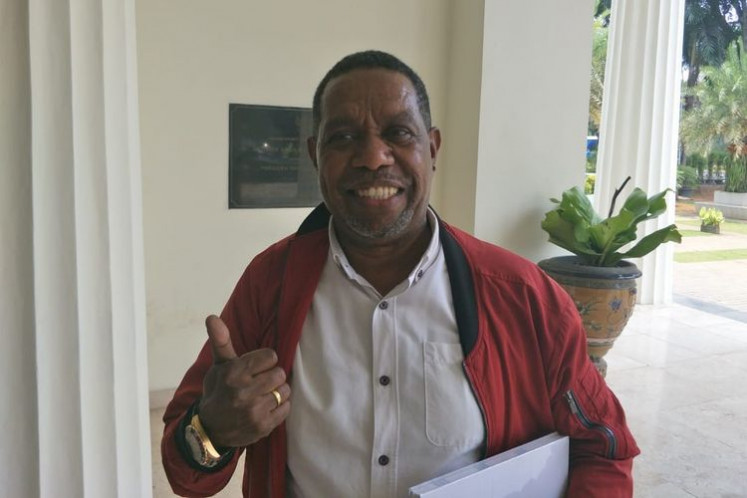 Papuan singer and Indonesian Democratic Party of Struggle (PDI-P) politician Edo Kondologit gives a thumbs-up on Oct. 15, 2019 in this file photo.