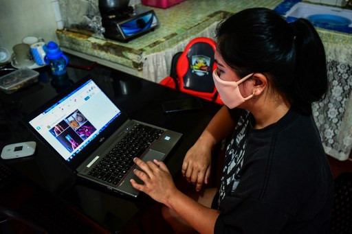 Will trade for food: Online bartering soars in virus-hit Philippines