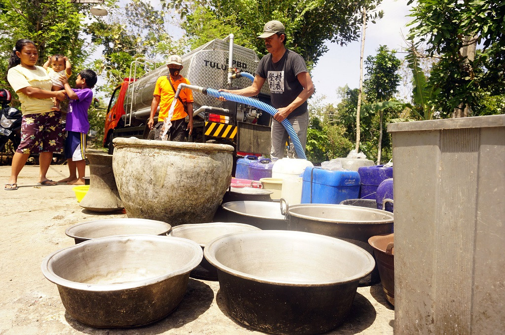 Drought leaves more than 100,000 short on water in Gunungkidul