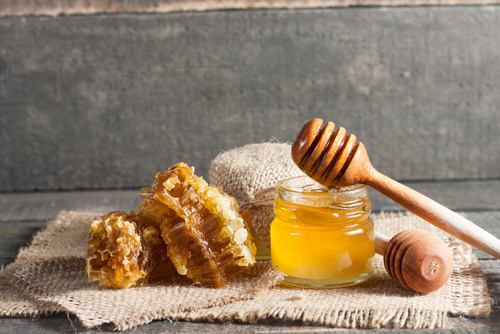 Looking for a more natural acne remedy? You might want to try honey