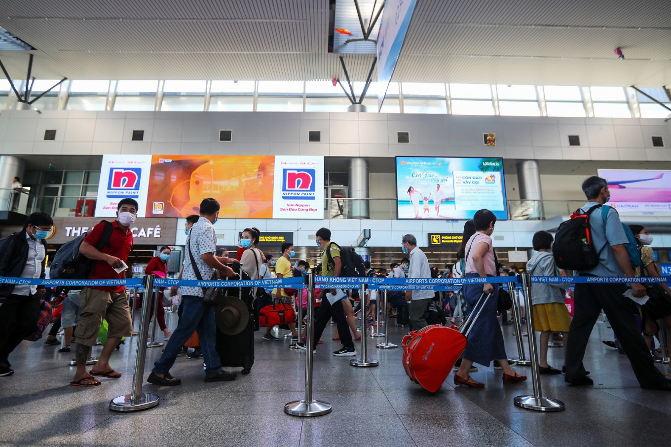 Vietnam to resume some Asian flights as curbs on business travel ease