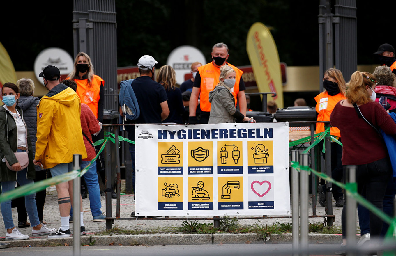 Merkel 'deeply concerned' by rapid jump in coronavirus infections