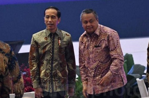 Jokowi urges regional leaders to control inflation, boost spending to revive consumption
