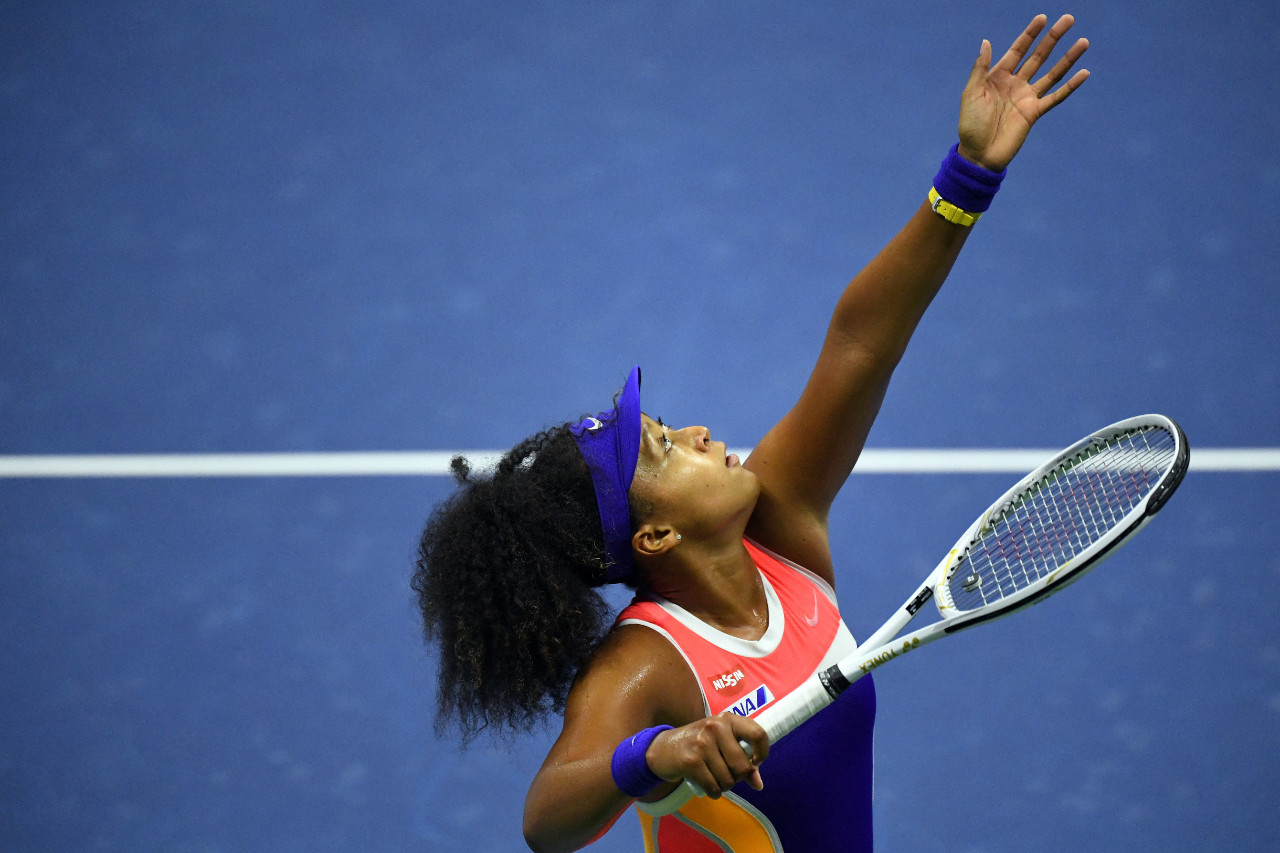 Osaka outlasts Brady to meet Azarenka on US Open final