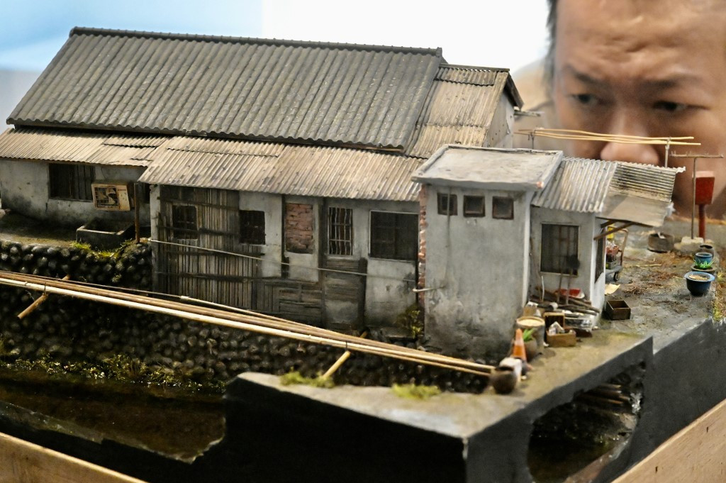 Taiwan artisans fuse reality and fantasy in miniature worlds