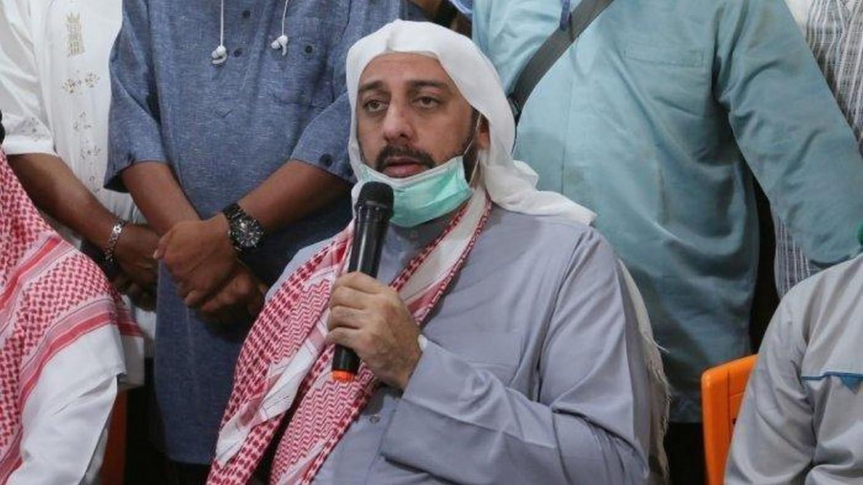 Islamic preacher Syekh Ali Jaber attacked while giving sermon