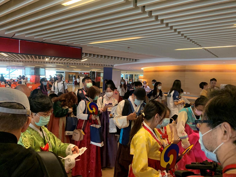 Taiwan travelers take sightseeing 'flight to nowhere'