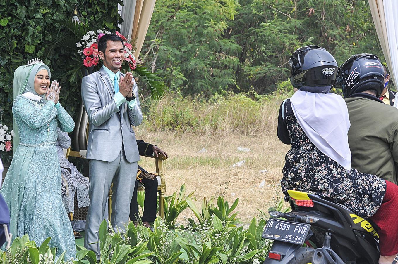 Jakarta may allow public wedding receptions starting next week