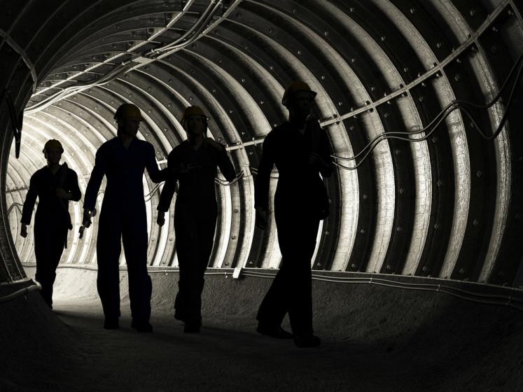 Police seal coal mining area in Jambi over dispute between companies