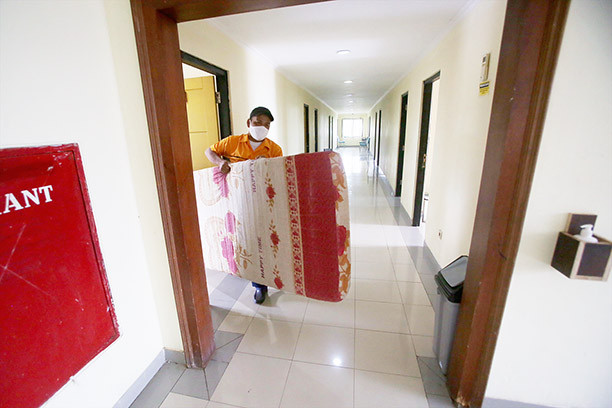 Jakarta's COVID-19 self-isolation centers start to fill up