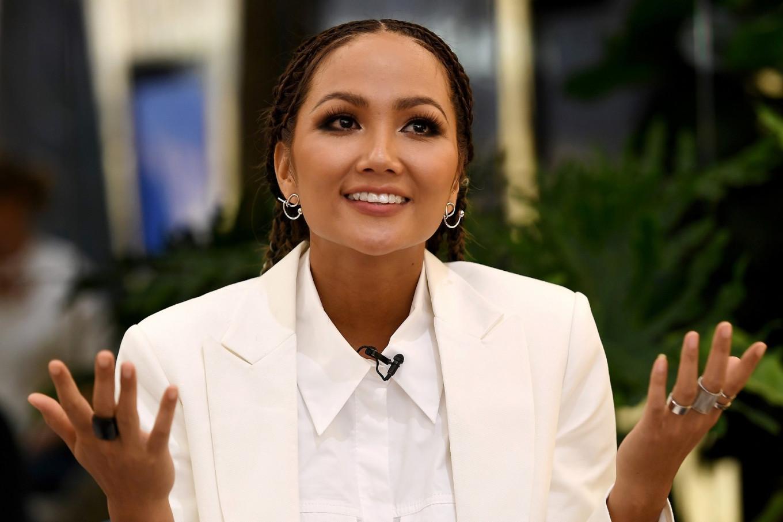 The trailblazing Vietnamese beauty queen pushing girls to stay in school