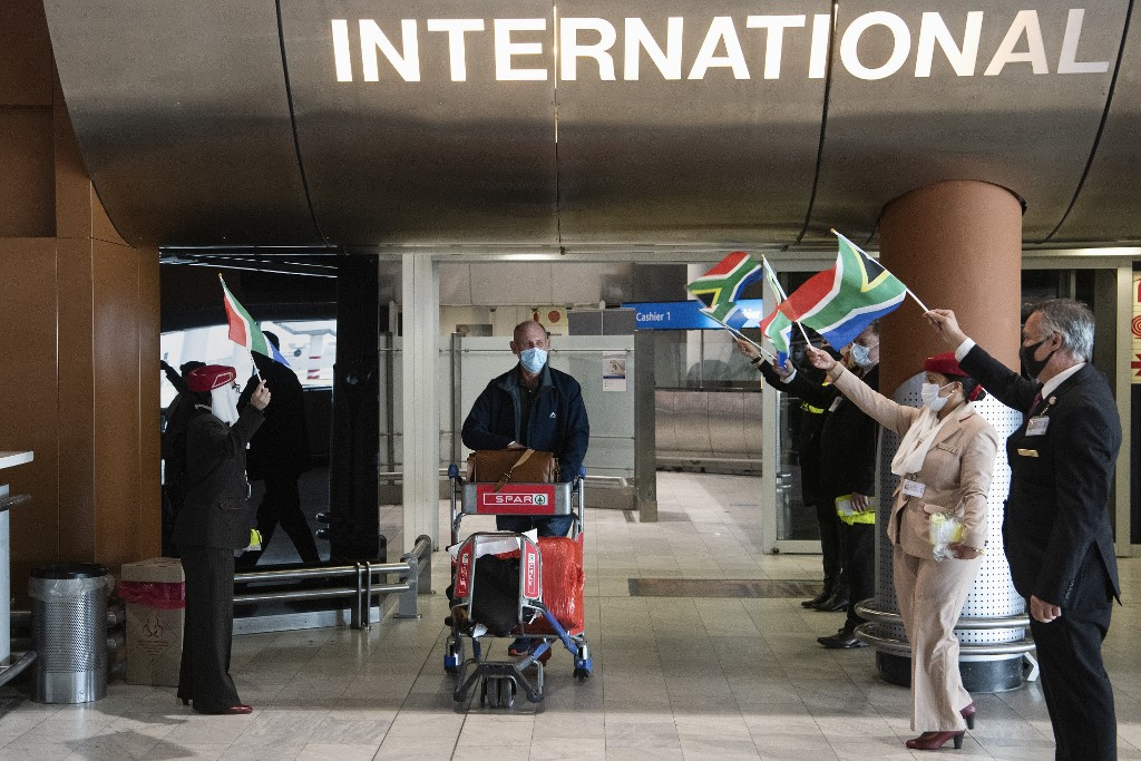 South Africa ends foreign travel ban, but airports deserted amid selective curbs