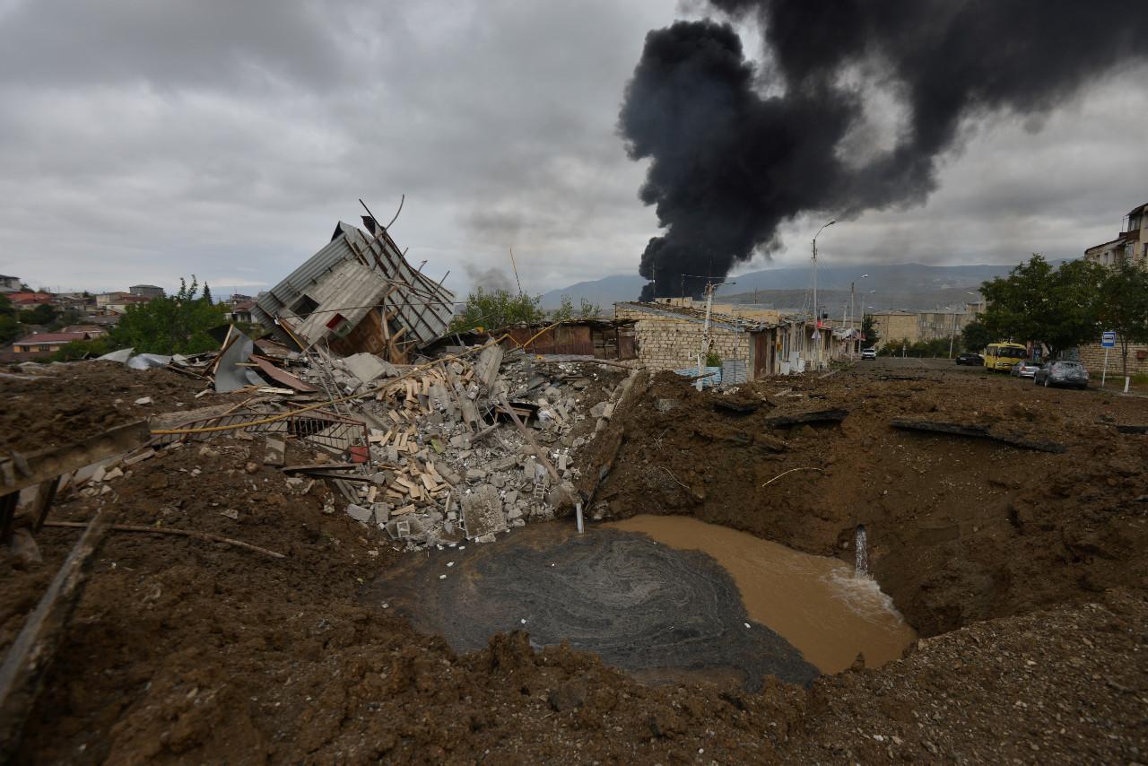Cities under fire as Armenia-Azerbaijan fighting intensifies