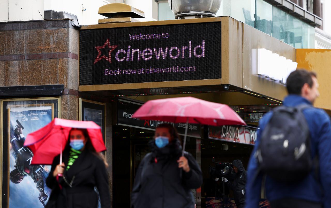 Cineworld brings down curtain on US, UK theaters; 45,000 jobs hit