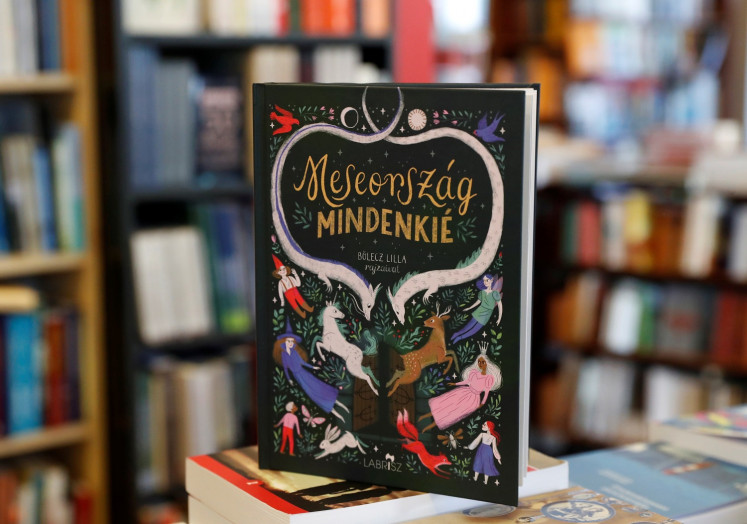 Hungarian government calls new children's book 'homosexual propaganda', causing stir