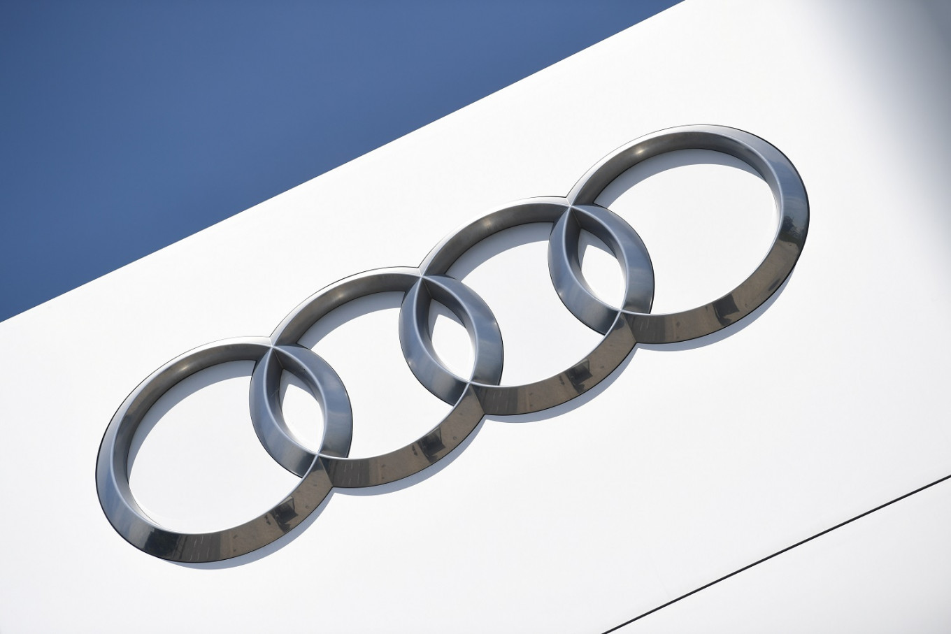Audi to launch new electric vehicle venture with China's FAW