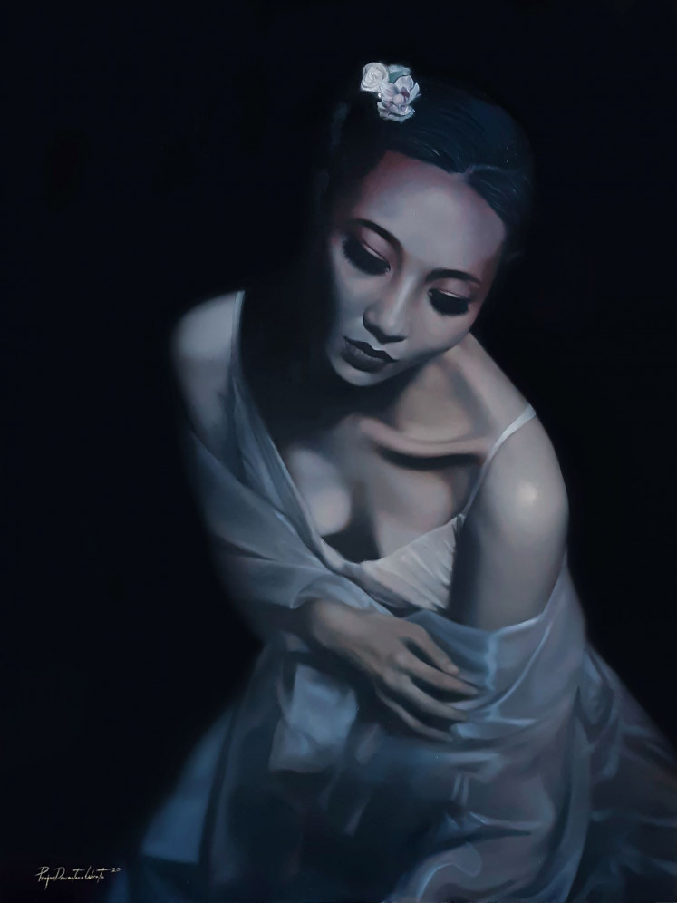 Bruised: 'Ghost of the Past', oil on canvas (2020) by Prajna Deviandra Wirata, almost approaches the way master Basoeki Abdullah painted his women.