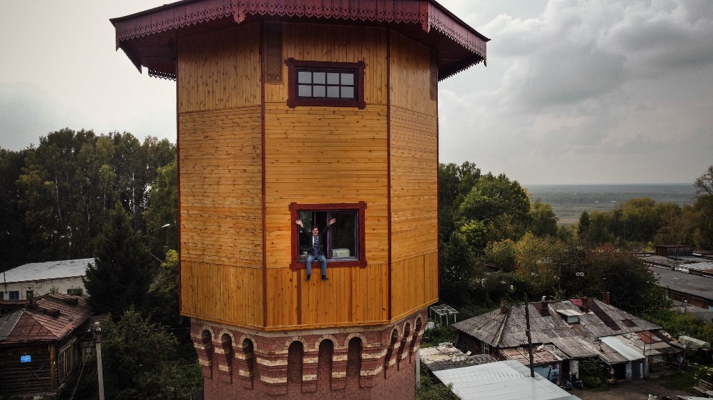 Siberia's treasured wooden houses face uncertain future