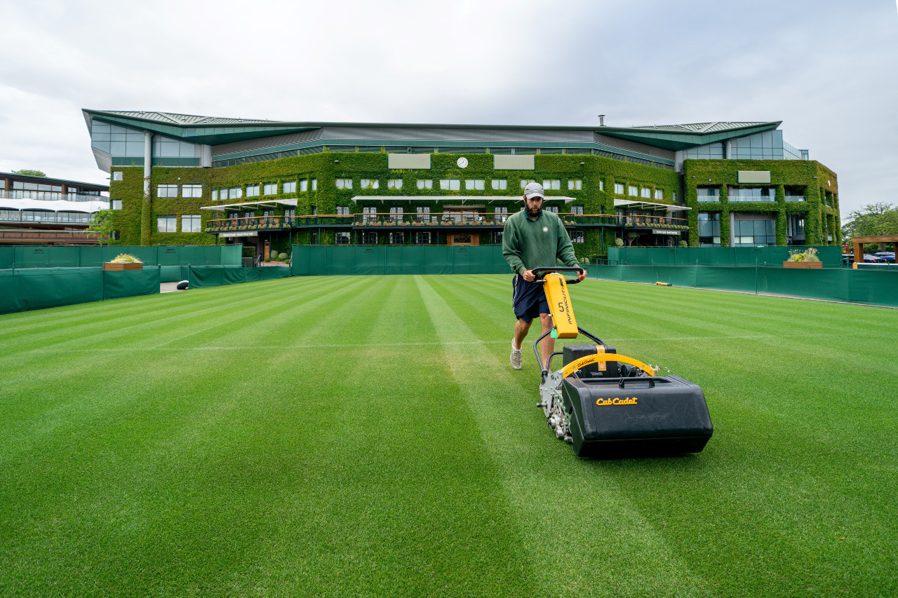 Empty Wimbledon part of organizers 2021 plans