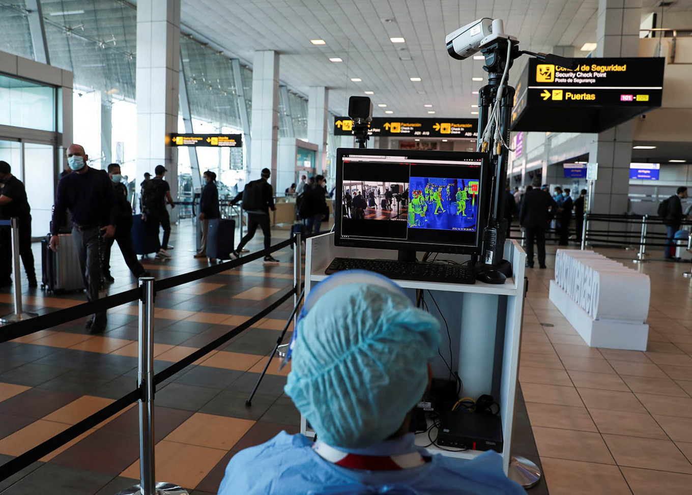 Major airline groups push for end to coronavirus quarantines, travel bans