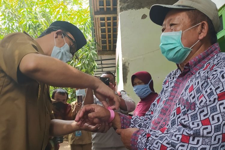 Yearender 2020: Local wisdom plays role in disciplining Indonesians during pandemic