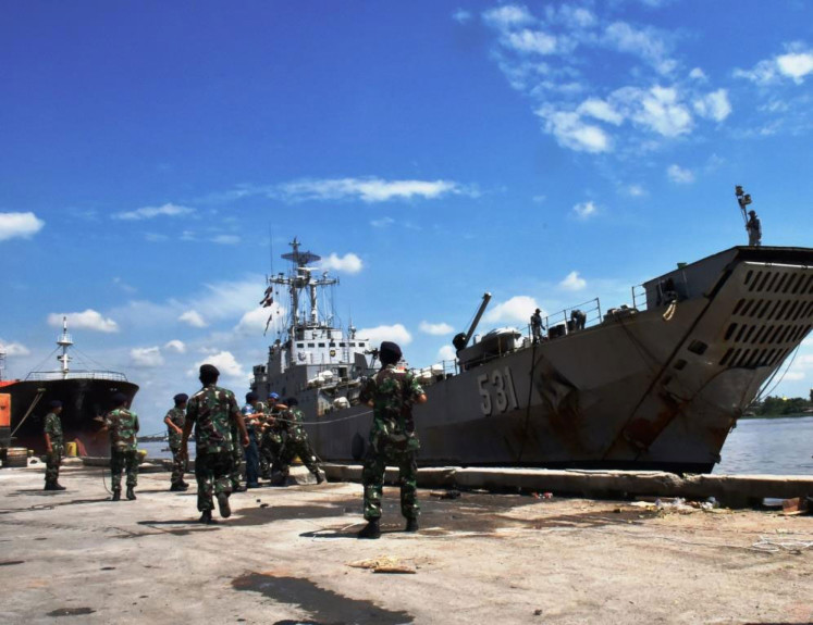 The KRI Teluk Gilimanuk 531, a Frosch I-class tank landing ship,  is docked on Oct. 9, 2017 at the Pontianak Main Naval Base XII in West Kalimantan.