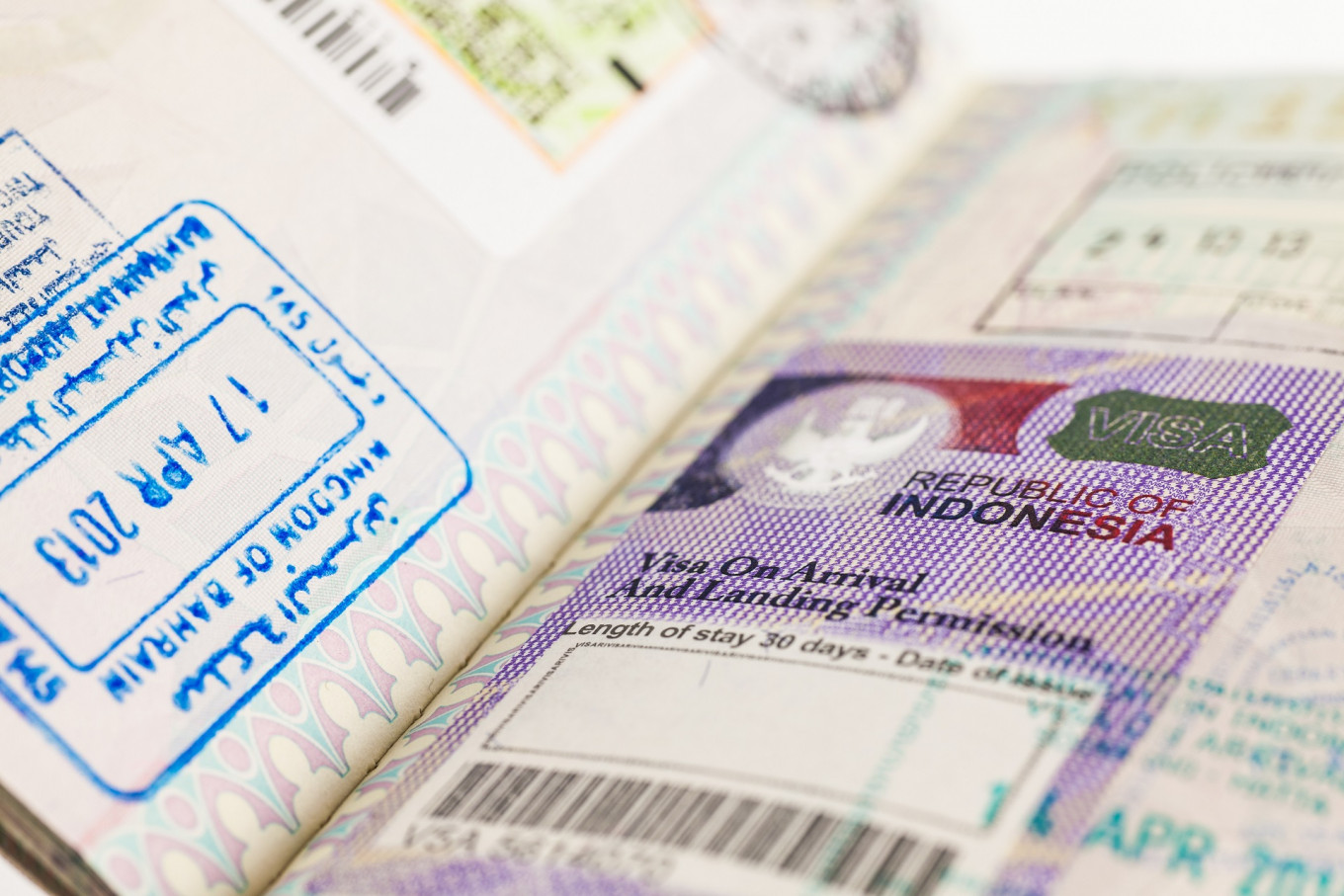 Indonesia launches e-visa for foreign visitors