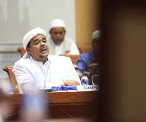 Firebrand preacher Rizieq Shihab to soon return to Indonesia