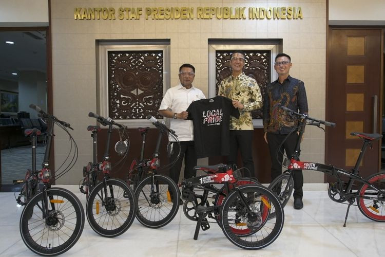 Bicycles not gift for Jokowi, presidential office clarifies