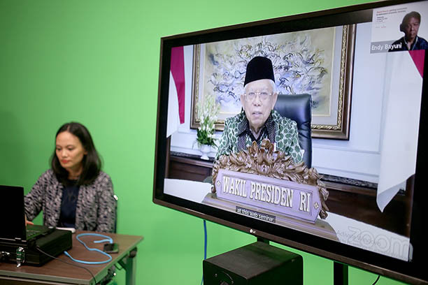 Growing Indonesia's sharia economy requires focus on 'four energy pillars'