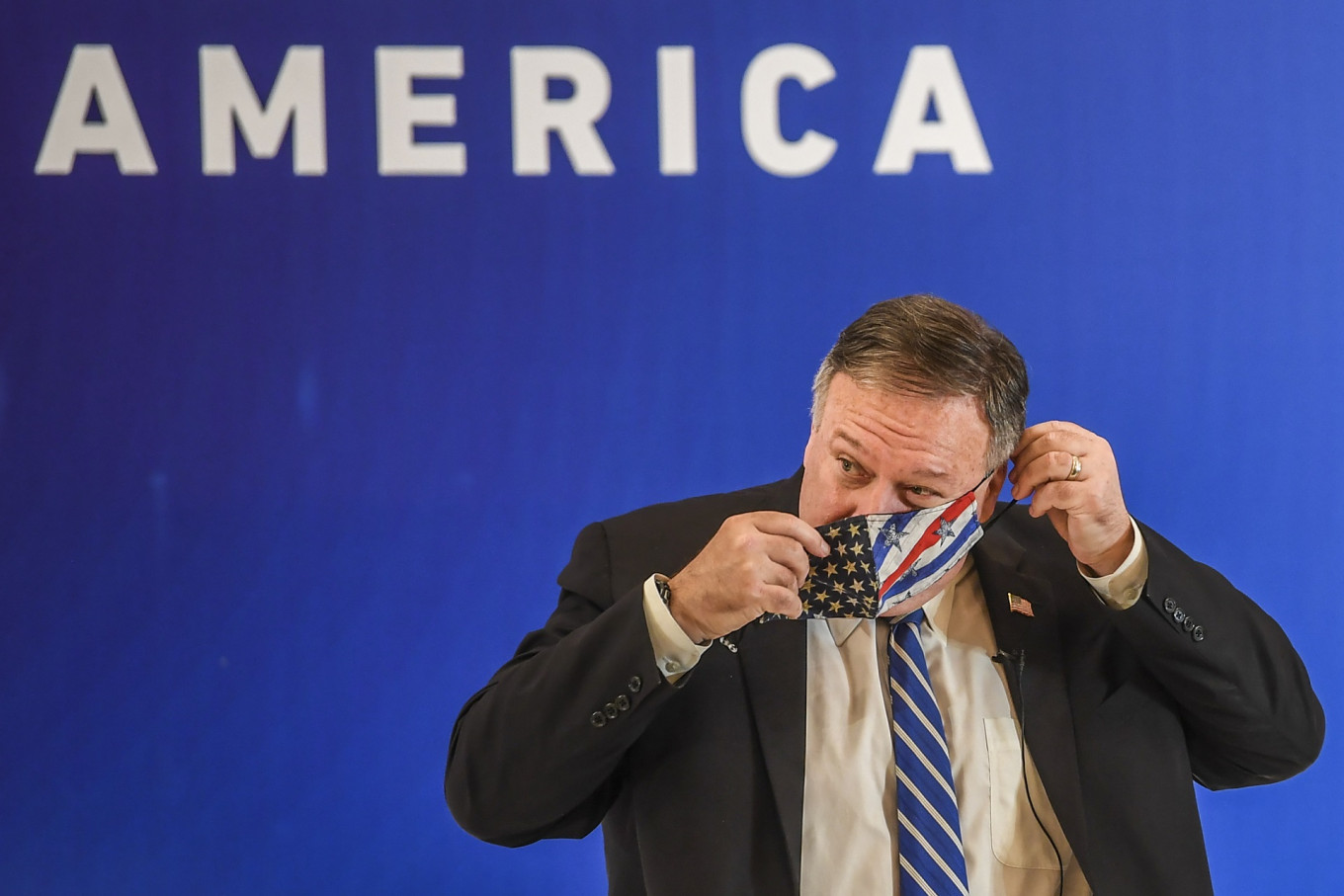 Pompeo urges VOA to broadcast 'American exceptionalism' amid pushback