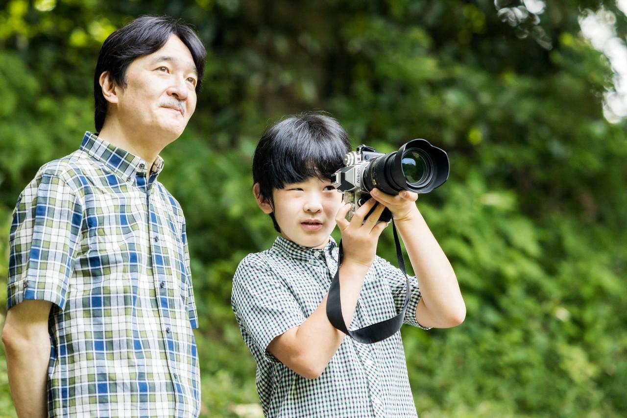 Japanese Emperor formally proclaims Crown Prince Akishino heir to Chrysanthemum Throne
