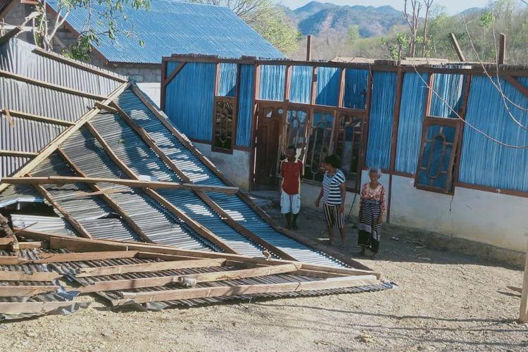 Whirlwinds damage homes in East Nusa Tenggara, Yogyakarta